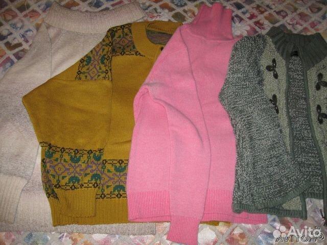 Продаю женскую одежду: блузки, свитера, шапки, сумки, обувь и др. зимнюю, летнюю, размеры 44-54, всё б/у
