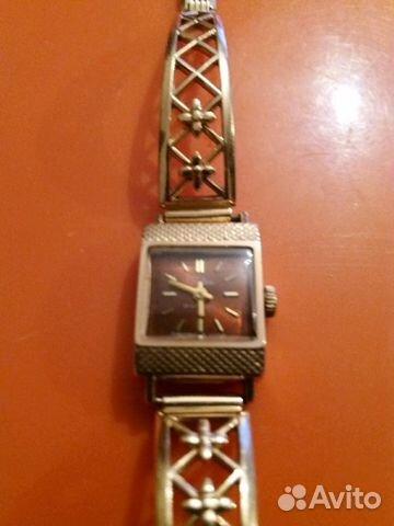 Хочу купить недорого красивую женскую золотые часы 583 пробы