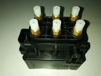 Блок клапанов пневмоподвеска Audi A6 (C5, C6) A8D3