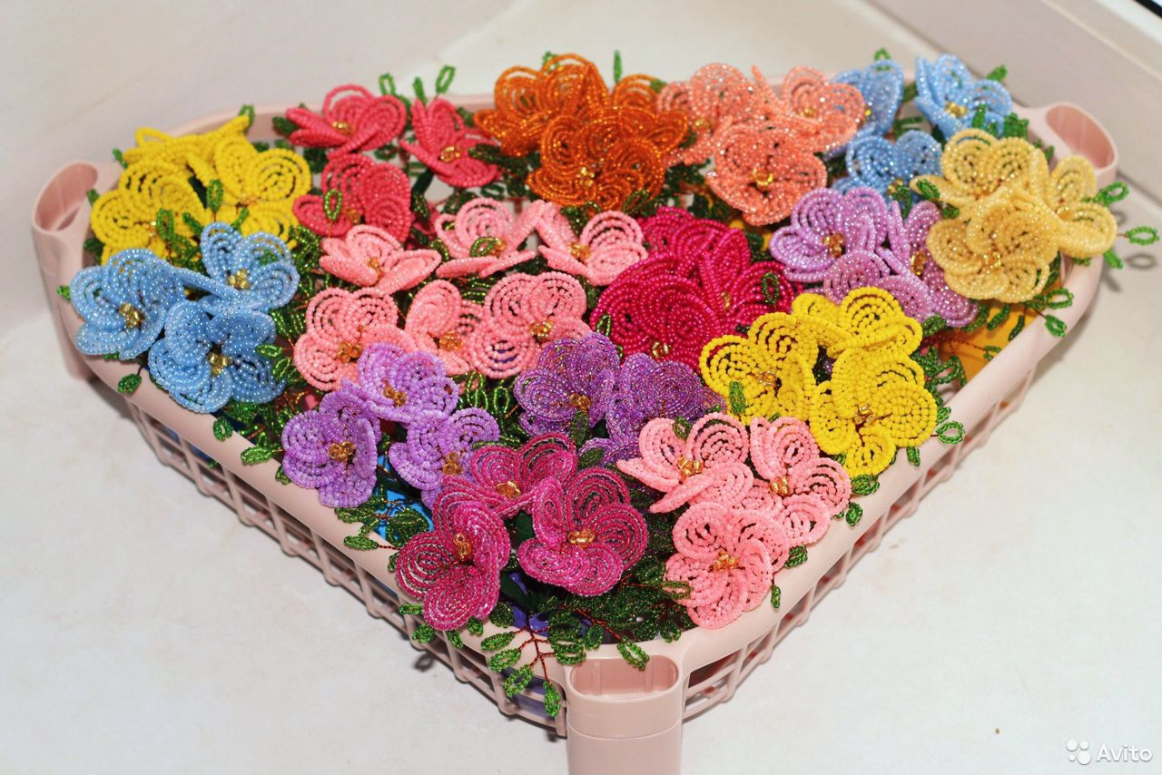 Цветы из бисера. Тюльпаны. Розы  89083089399 купить 6