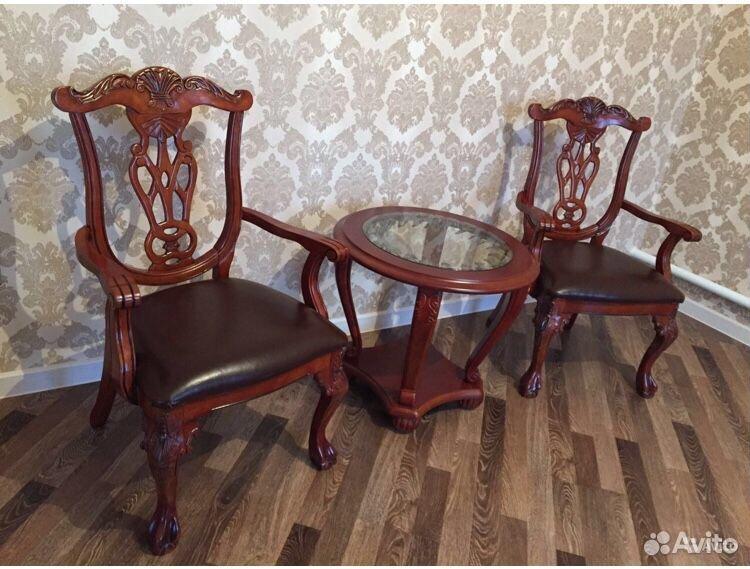 Продаю кожаные стулья  89034286613 купить 1