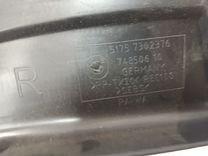 Правый локер BMW F01 передняя часть 7 серии